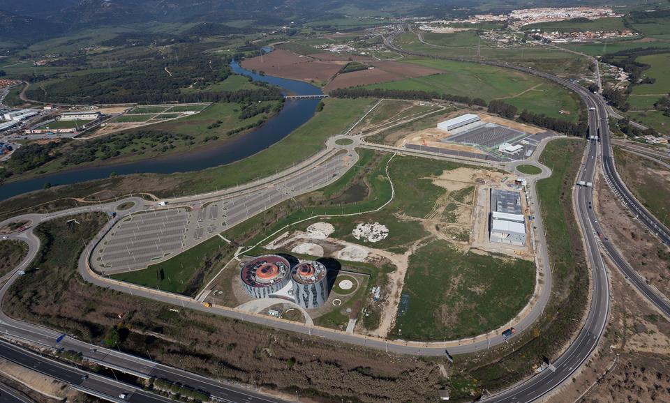 Vista aérea de las instalación durante el proceso de construcción